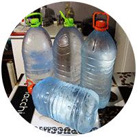 Некоторые опасаются использовать родниковую воду для питья и приготовления пищи, но мы пользуемся ею давно