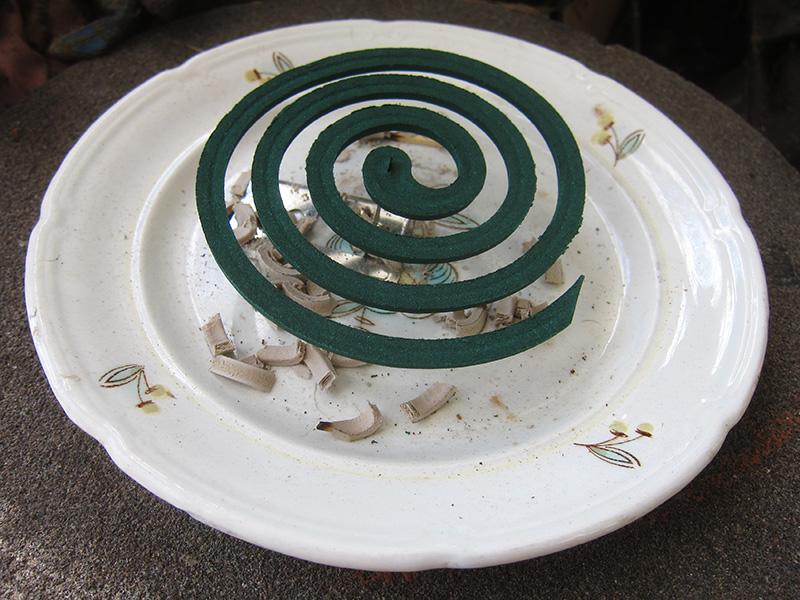 Порой именно эти спирали остаются единственно надежным средством бопьбы с комарами.