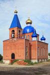 Станица расположена на берегах небольшой реки Калалы (приток Егорлыка), в степной зоне, в 27 км южнее районного  центра — станицы Новопокровской.
