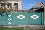 Ворота с ромбиками