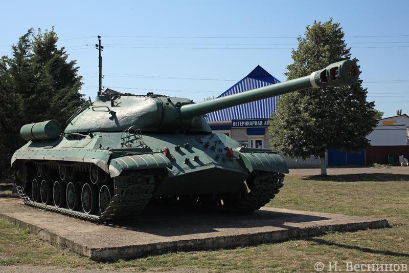 Музей в станице Кавказской. Танк.