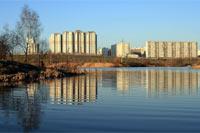 Вид на пруд в Митинском парке