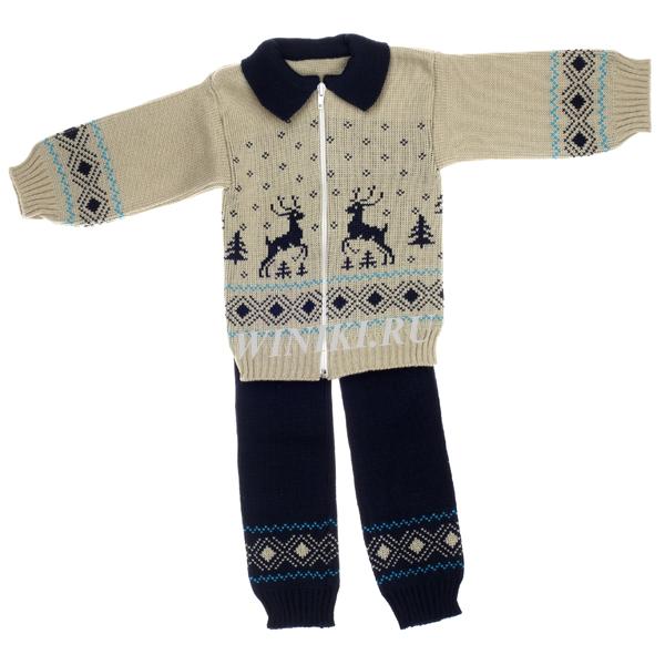 Детский костюм для мальчика 2-3-х лет - 0002. Изолировано на белом фоне