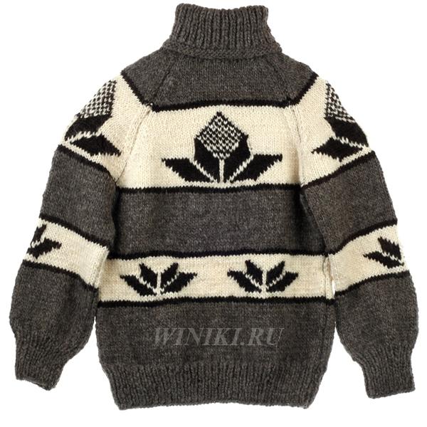 При покупке трикотажа обязательно не только спросите о составе пряжи, из которой сделан свитер, но и изучите  этикетку (cotton – хлопок, wool – шерсть, acryl – акрил, viscosa – вискоза). Идеальный состав пряжи для свитера или  джемпера – 70-90% хлопка или шерсти и 10-20% синтетики, из которой лучше всего вискоза. Выбирая свитер, расправьте его  на горизонтальной поверхности и посмотрите, не «косит» ли он (в этом случае петли как бы слегка вытянуты по диагонали) –  такую вещь не стоит брать, потому что со временем она перекосится еще больше и потеряет вид. Когда вы со всей тщательностью  проделаете все эти манипуляции, не постесняйтесь и выверните наизнанку. Некачественная вещь сразу выдает себя плохо  обработанными швами: нитки болтаются, швы в любой момент могут развалиться. В качественной же вещи швы крепкие, без  свободных ниток, зачастую дважды прошитые. Если на свитере есть аппликации или он расшит бисером, стразами, то лучше сразу  проверить, насколько крепко все пришито. С аппликацией обойдитесь так: слегка помните ее, и если она не изломается, не  деформируется, то такую вещь можно брать. И, наконец, помните, что даже если вы тщательнейшим образом соблюдали все эти  правила, неизвестно ещё, как поведёт себя трикотаж при стирке. Характер у него такой, непредсказуемый... Стирать трикотаж  только в тёплой воде, вручную, с добавлением специального порошка. Вещь нужно не выжимать, а бережно отжать. Сушить,  разложив на полотенце, гладить через марлю.